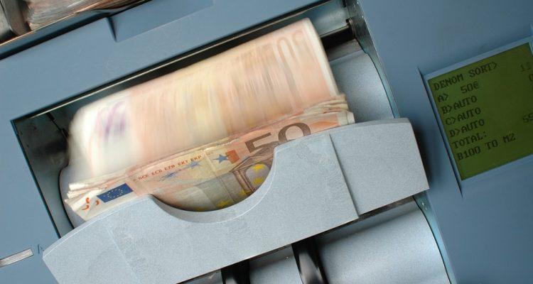 banque-1326356_960_720